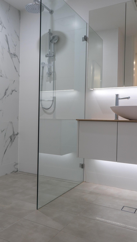 KBDi_Mark Greenleaf_Bathroom_Portrait_1