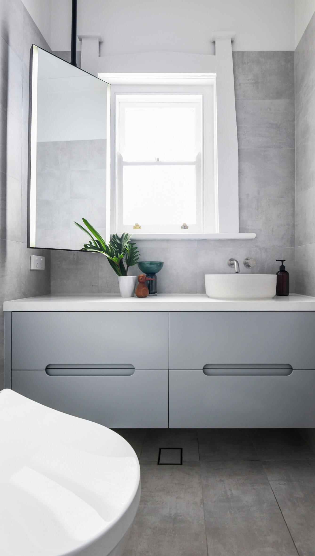 KBDi_Donna Allen_Bathroom_Portrait_1